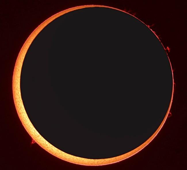 Annular eclipse - Madrid - 2005